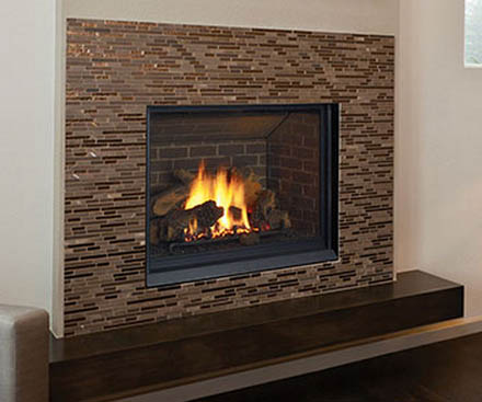 Regency Gas Fireplace B41XTCE with brown tile