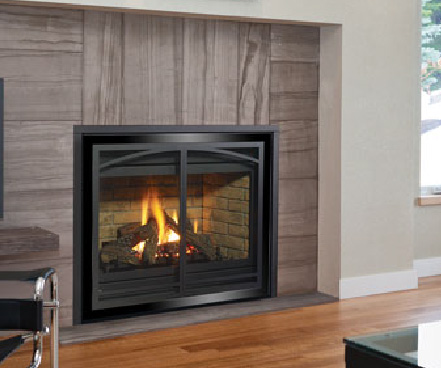 Regency P36D gas fireplace with black chrome vignette faceplate